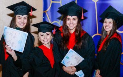 Вручення дипломів магістрам