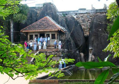 Скельний монастир Ісурумунія, м. Анурадхапура